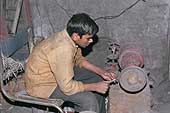 Sarvash, 15 years old, metal polisher, district of Okhla, New Delhi.