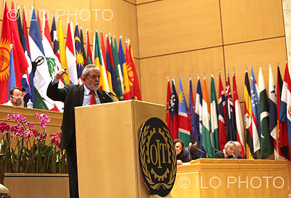 2009: 98th Session of the International Labour Conference <br> Tracing a path out of the global crisis: The Global Jobs Pact
