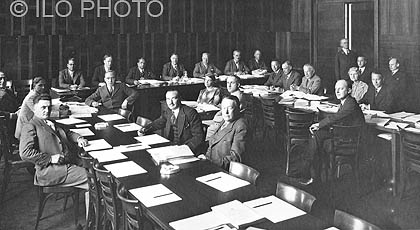 1926: 8th session of the International Labour Conference <br> Promoting international standards