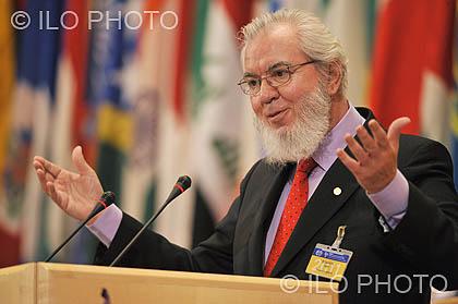 1999: 87a Reunión de la Conferencia Internacional del Trabajo <br>Trabajo Decente para todos: Presentación del Programa de Trabajo Decente