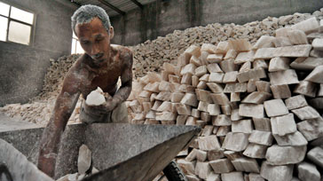 ILO and Walk Free Foundation to collaborate on Global Estimate of Modern Slavery