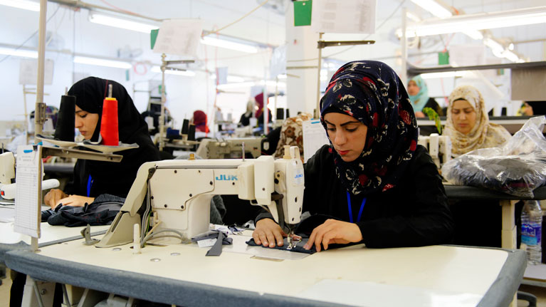 Better Work Programme S Assessment Improved Working Conditions In The Apparel Industry Make Workers Lives Better And Businesses Stronger